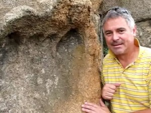 4  300x225 - Pisada humana gigante de hace varios millones de años