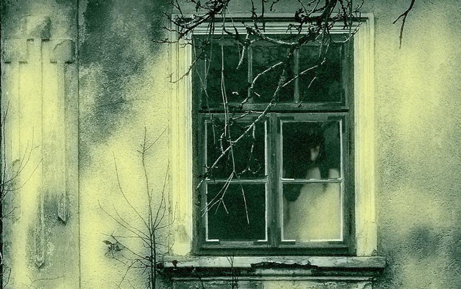 Apariciones y Fantasmas ¿Hay Alguien ahí? - Los Misterios de la Tierra